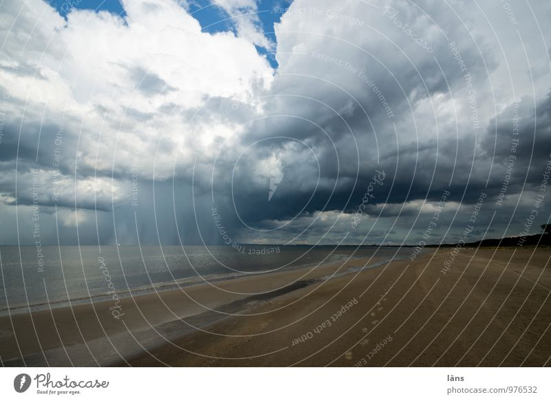 gebietsweise Himmel Ferien & Urlaub & Reisen blau Wasser Sommer Meer Landschaft Wolken Strand Ferne Umwelt Küste außergewöhnlich Sand braun Erde