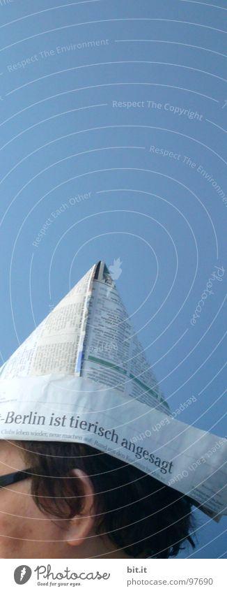 SCHIFFAHRTSMÜTZE II azurblau weiß Mütze Zeitung Wasserfahrzeug Spree Ferien & Urlaub & Reisen Bootsfahrt Renovieren Überschrift streichen Physik Brille Mann