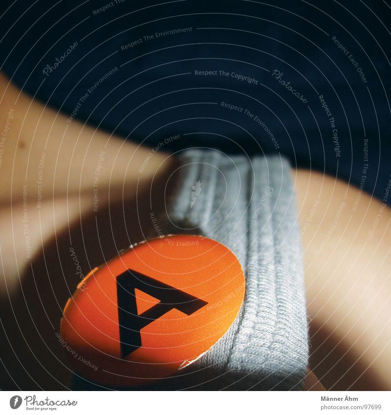 A wie... Freude orange Buchstaben Kommunizieren T-Shirt Schulter Hals Anstecker Lateinisches Alphabet