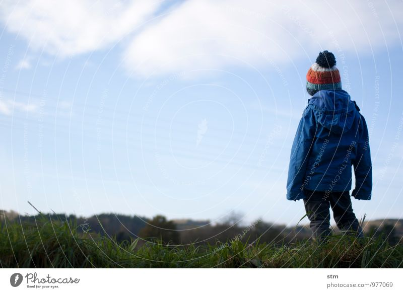 einfach so Freizeit & Hobby Spaziergang Mensch Kind Kleinkind Junge Familie & Verwandtschaft Kindheit Leben 1 1-3 Jahre 3-8 Jahre Umwelt Natur Landschaft Himmel