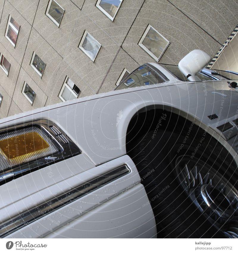 ein ami in berlin 03 Limousine Strechlimousine Luxuslimousine Sprechgesang Krimineller Lüftung Fenster Berufsschule Veranstaltung Reflexion & Spiegelung