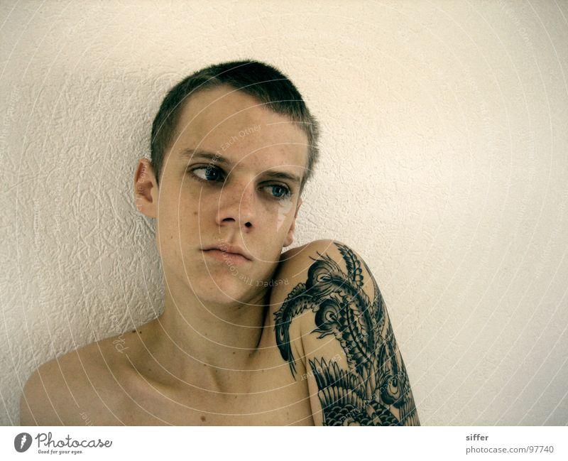 me again Mann Jugendliche Kopf Traurigkeit Arme Hinterteil dünn Afrika Tattoo gegen Frustration Schwäche Absturz Bla Mali Blick