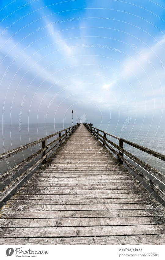 Lohnt sich der Weg? Freizeit & Hobby Ferien & Urlaub & Reisen Tourismus Ausflug Ferne Freiheit Sightseeing Strand Umwelt Urelemente Winter Schönes Wetter Wellen