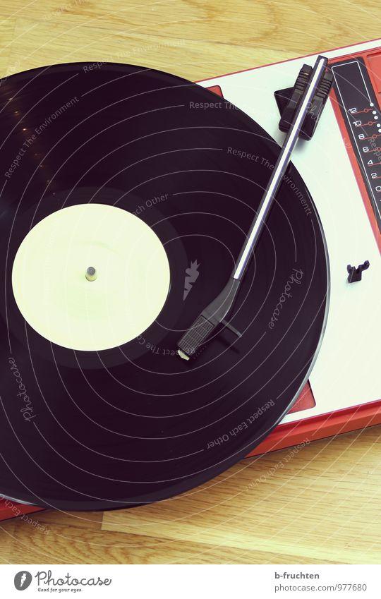 classic vinyl alt Erholung Freude oben Musik Bodenbelag rund retro Vergangenheit Schallplatte Plattenspieler