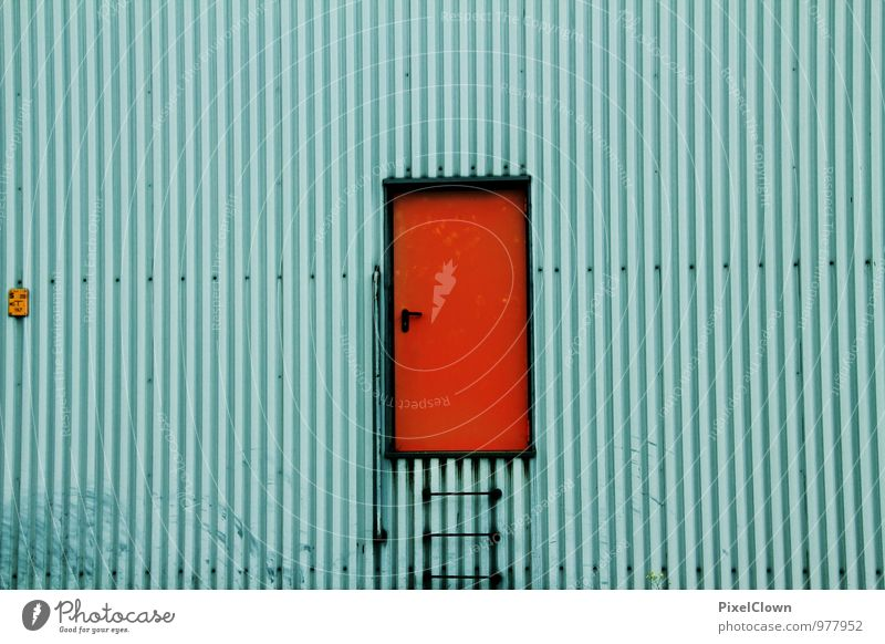 Farbiger Einstieg blau rot Wand Gebäude Mauer Arbeit & Erwerbstätigkeit Fassade Raum Tür Industrie Baustelle Schutz Sicherheit Fabrik Stahl drehen