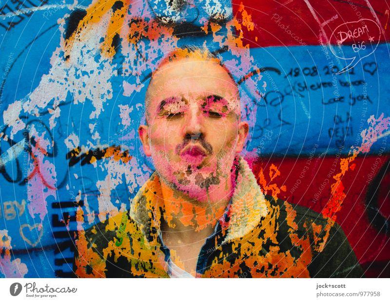 Zeit zum.... Freude Sightseeing Homosexualität Mann Erwachsene Partner Leben Lippen 1 Mensch 30-45 Jahre Sehenswürdigkeit Berliner Mauer Jacke kurzhaarig Bart