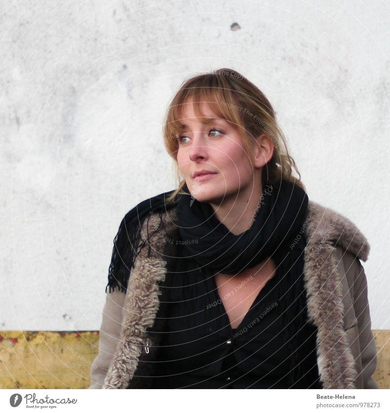 Von Ein- und Ausbrüchen 1 - (Bilder)Geschichte in drei Teilen Jugendliche schön Junge Frau 18-30 Jahre schwarz Erwachsene Wand Mauer Denken Haare & Frisuren