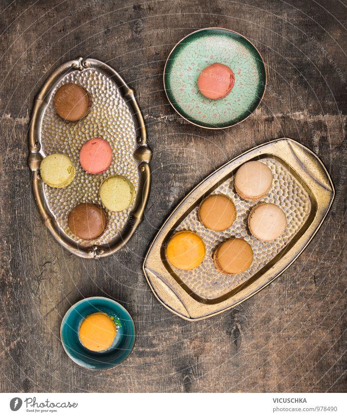 Macarons und alte Tablett schön dunkel Stil Holz Lebensmittel Metall Design Ernährung Kochen & Garen & Backen Küche Süßwaren Tradition Kuchen