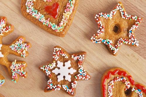 Plätzchen Weihnachten & Advent Lebensmittel Ernährung Herz Stern (Symbol) süß Kochen & Garen & Backen lecker Süßwaren Backwaren Teigwaren Schokolade Zucker