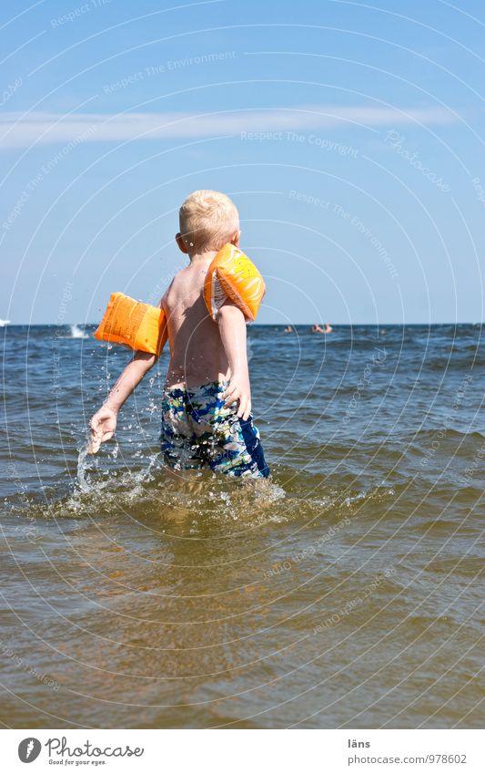 Lebensfreude Himmel Kind Sommer Freude Junge Kindheit Ostsee auftauchen