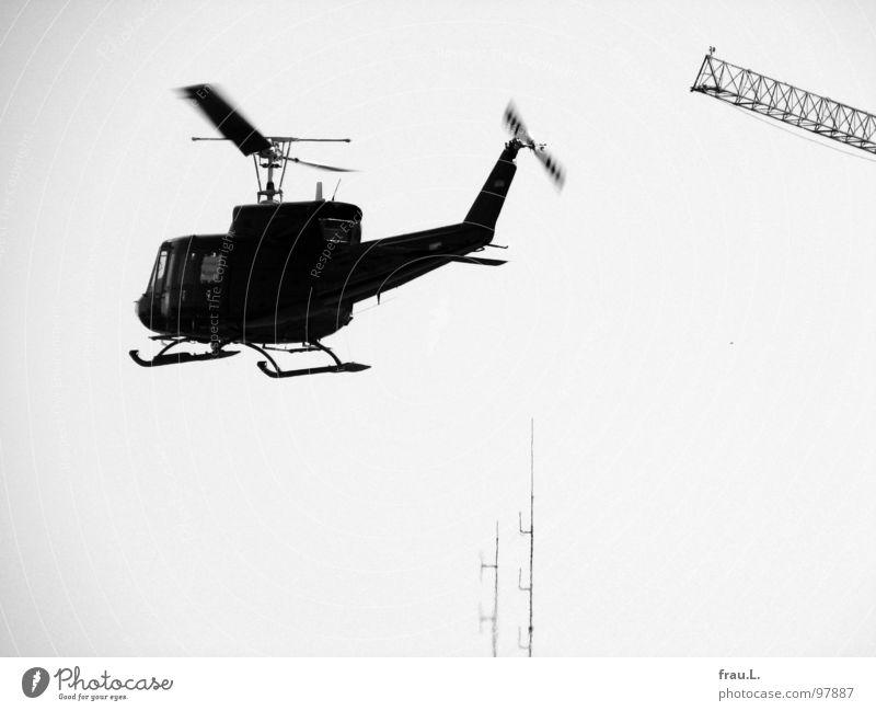 Staatsmacht Wärme glänzend Beginn Luftverkehr gefährlich Macht beobachten Physik Wut Kran Ärger Antenne Demonstration Hubschrauber Entwicklung Globalisierung