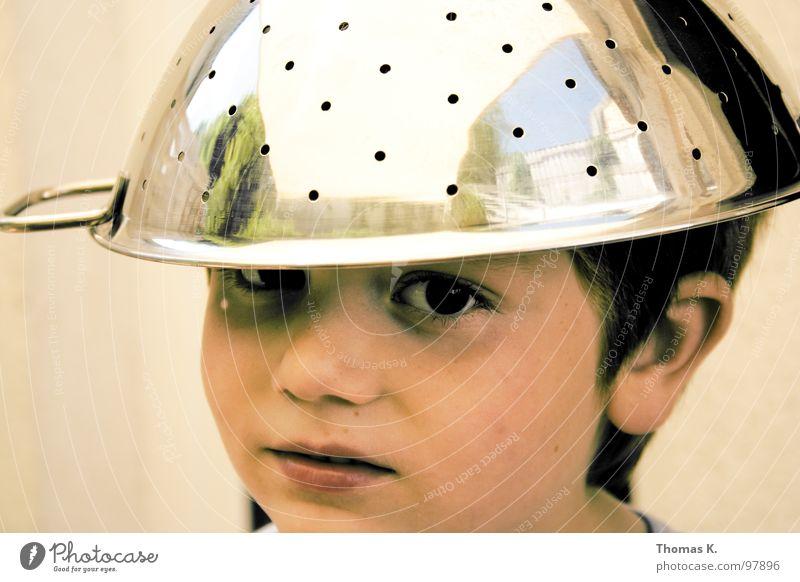 Der Apfel.... Kind Freude Junge Beleuchtung Kommunizieren Hut Humor Helm elektronisch UFO Außerirdischer Chrom Misstrauen Tragegriff Unglaube magnetisch