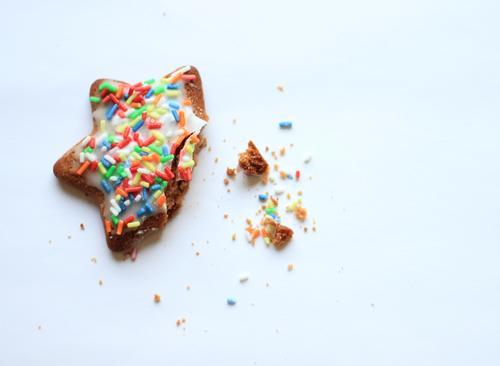 wer hat genascht? Weihnachten & Advent weiß Essen Lebensmittel braun liegen frisch authentisch Ernährung genießen Lebensfreude einzigartig lecker Süßwaren Duft