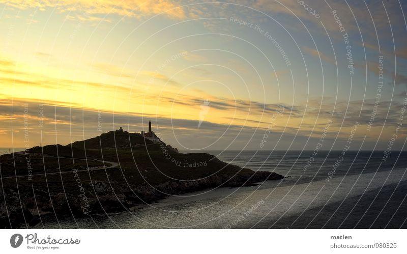Ende der Welt IV Natur Landschaft Wasser Himmel Wolken Horizont Sonnenaufgang Sonnenuntergang Wetter Schönes Wetter Meer Leuchtturm blau braun gelb Strömung