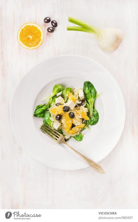 Salat mit Fenchel, Orangen und Oliven Gesunde Ernährung gelb Leben Speise Stil Lebensmittel Design Frucht Ernährung Orange Kochen & Garen & Backen Kräuter & Gewürze Küche Gemüse Bioprodukte Teller