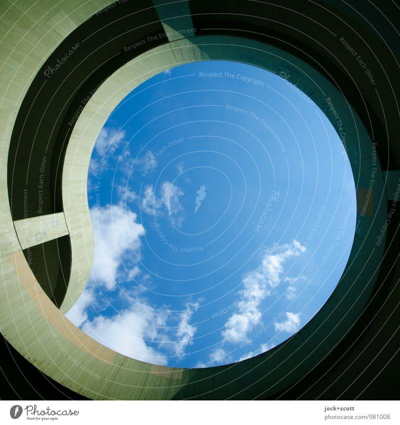 Kreis im Quadrat blau Sommer Wolken Ferne Wärme Wege & Pfade Zeit oben Ordnung Zufriedenheit modern Perspektive groß Beton einfach