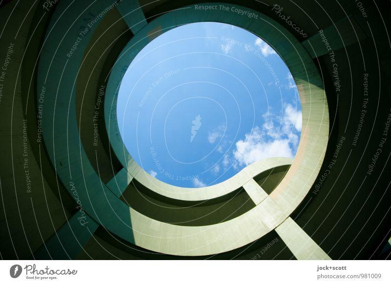 Runde zum Himmel Architektur Futurismus Wolken Brücke Verkehrswege Rahmen Freiraum Beton Kreis Spirale groß modern Ordnung Symmetrie Wege & Pfade Lichtspiel