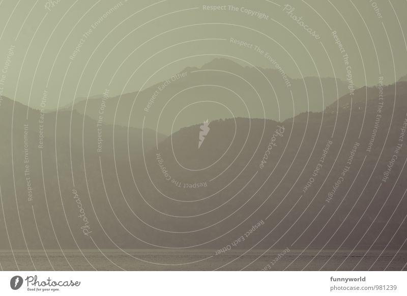 Hier n Berg, da n Berg... Umwelt Landschaft Nebel Alpen Berge u. Gebirge bedrohlich Abenteuer Einsamkeit Dunst Ferien & Urlaub & Reisen Ferne Sehnsucht