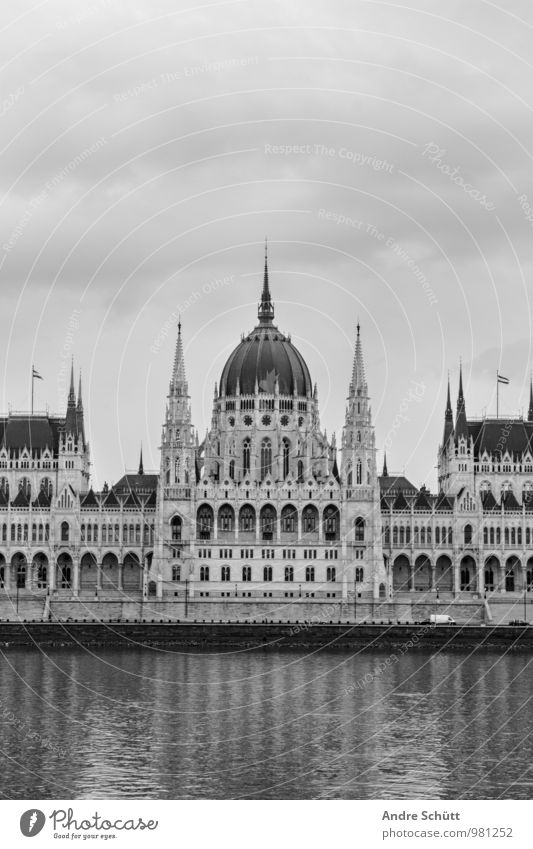 Budapest alt Stadt Parlament