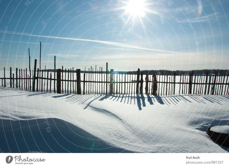 Winter-land Ferien & Urlaub & Reisen Abenteuer Ferne Freiheit Expedition Schnee Winterurlaub Klimawandel Schönes Wetter Dorf überbevölkert Menschenleer träumen