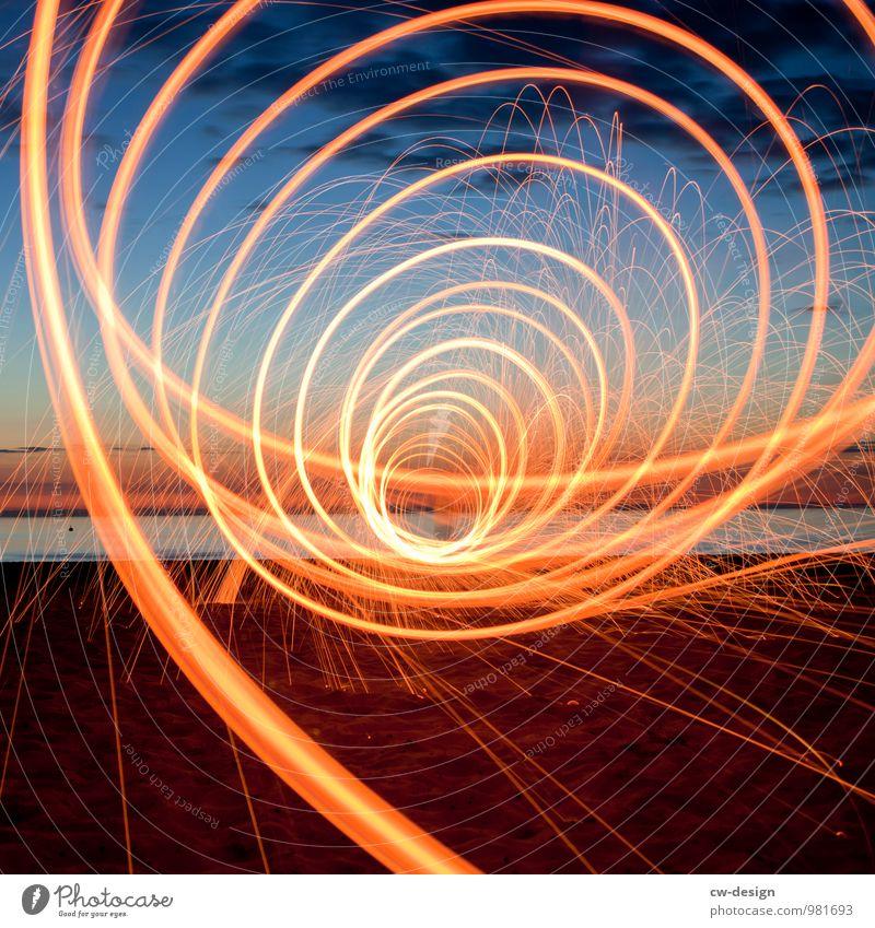 Tunnelblick Lifestyle elegant Stil Freude Freizeit & Hobby Spielen Abenteuer Expedition Sommerurlaub Strand Meer Insel Nachtleben Entertainment Party