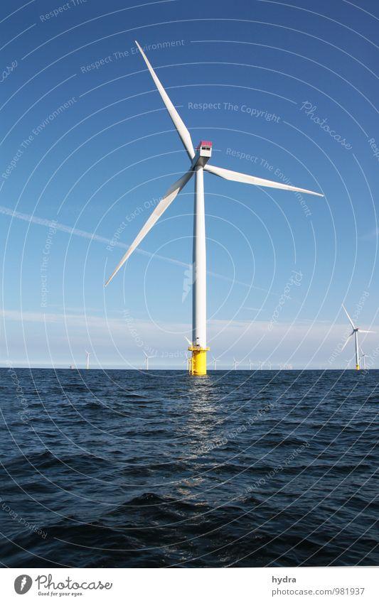 offshore Natur blau Wasser Energiewirtschaft Luft modern Wind Klima hoch Technik & Technologie Zukunft Schönes Wetter Sauberkeit Turm Ostsee