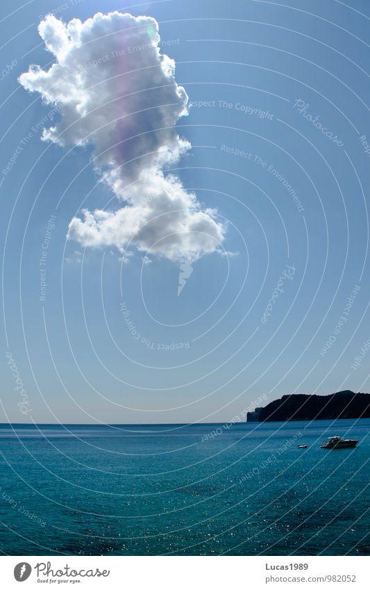Urlaub im Paradies mit Wolke Ferien & Urlaub & Reisen blau Himmel (Jenseits) Sommer Wasser Sonne Meer Erholung Wolken Strand Wärme Glück Freiheit