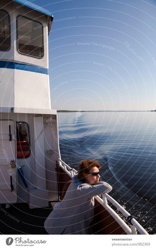 rita geniesst den vänern Ausflug Sommer Mensch feminin Frau Erwachsene 30-45 Jahre See Binnenschifffahrt Bootsfahrt Erholung genießen Zufriedenheit Lebensfreude