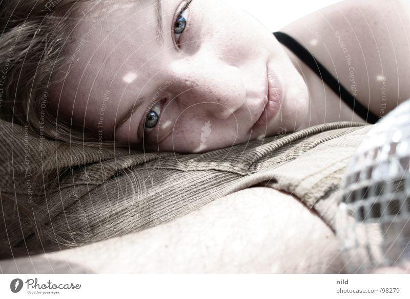 Selina und die Discokugel Frau Ferien & Urlaub & Reisen Sommer Mädchen Freude Glück lachen lustig Zufriedenheit Haut rund weich Schönes Wetter Lippen Freundlichkeit Sommersprossen