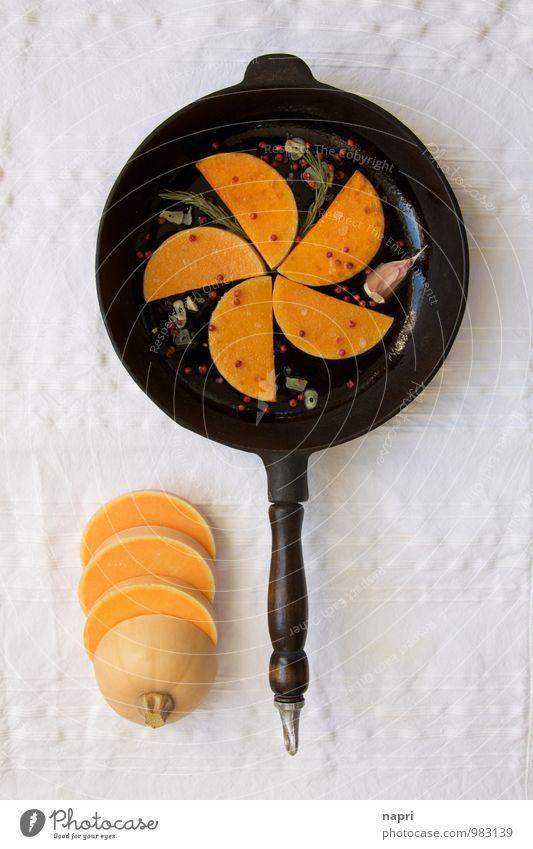Butternutkürbis gebraten weiß schwarz Gesundheit orange Ernährung genießen einfach Gemüse lecker Bioprodukte ländlich Tischwäsche Vegetarische Ernährung Kürbis rustikal Billig