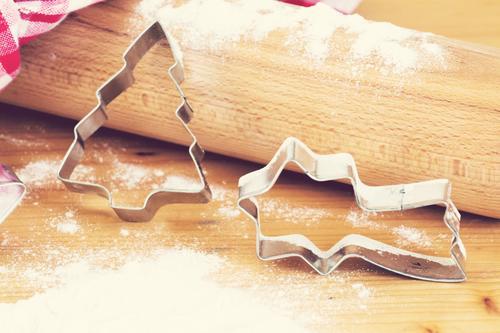 Weihnachtsbacken Weihnachten & Advent genießen Kochen & Garen & Backen Vorfreude Mehl Weihnachtsgebäck Nudelholz Küchenhandtücher