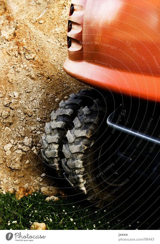Pionier rot Wiese Gras Sand orange Erde Pause Baustelle Handwerk Maschine stagnierend Bagger Feierabend Graben Flugzeugträger