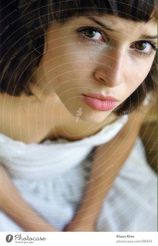 (a)TO LOOK LIKE A DOG Frau Jugendliche weiß Hand schön Auge Fenster Spielen Gefühle Bewegung Wege & Pfade Haare & Frisuren Traurigkeit Lampe Zusammensein Tür