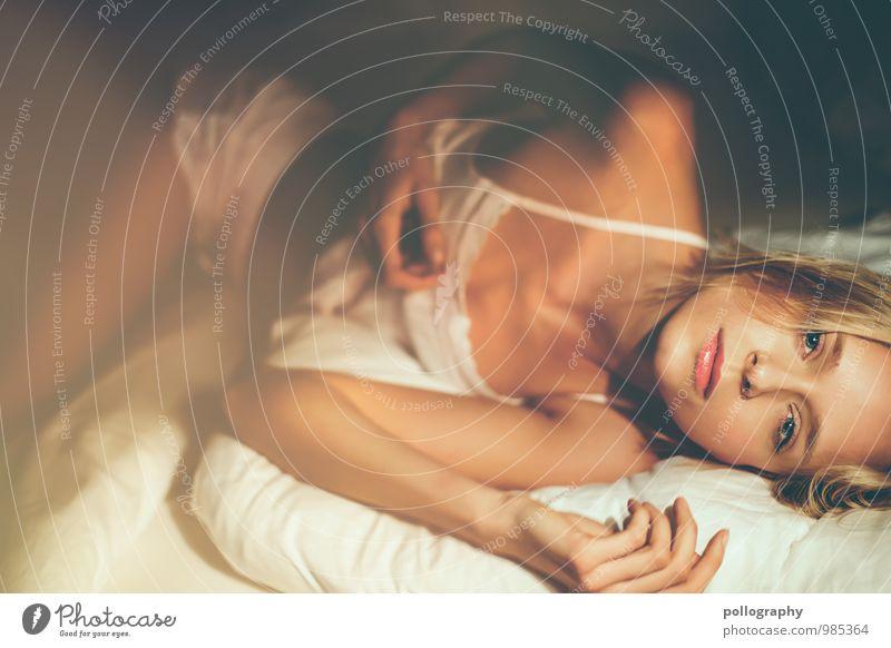 sensual Mensch Frau Jugendliche schön Junge Frau Erotik 18-30 Jahre Erwachsene Gesicht Leben Gefühle feminin Haare & Frisuren Stimmung Mode liegen