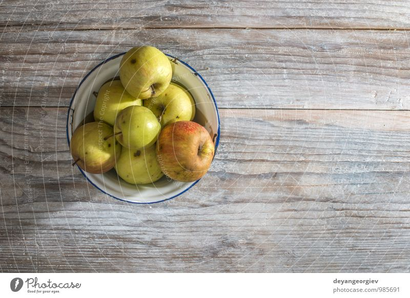 Natur alt rot Herbst natürlich Frucht frisch Tisch lecker Ernte Apfel Diät saftig Korb organisch rustikal