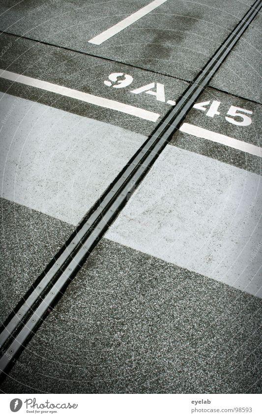 9A./45 weiß grau Linie Platz Beton Verkehr modern Schriftzeichen leer neu Streifen rund Ziffern & Zahlen KFZ Verkehrswege Typographie