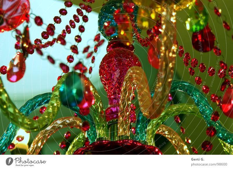 Schmuckes Perlenkette Lampendetail mehrfarbig Buntglas Designerleuchte gelb rot türkis grün Hängelampe Deckenlampe Deckenbeleuchtung Schickimicki Schnickschnack