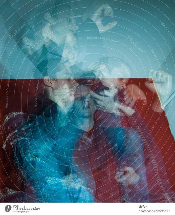 Wushu @home II Jugendliche rot Bewegung springen Raum dreckig Geschwindigkeit Jeanshose Konzentration Geister u. Gespenster beweglich Ausdauer Schlafzimmer