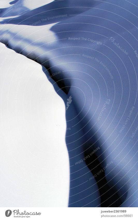 Schattenspiel im Winter Natur schön Einsamkeit kalt Schnee Gefühle Berge u. Gebirge Landschaft Eis Trauer Fluss Bach