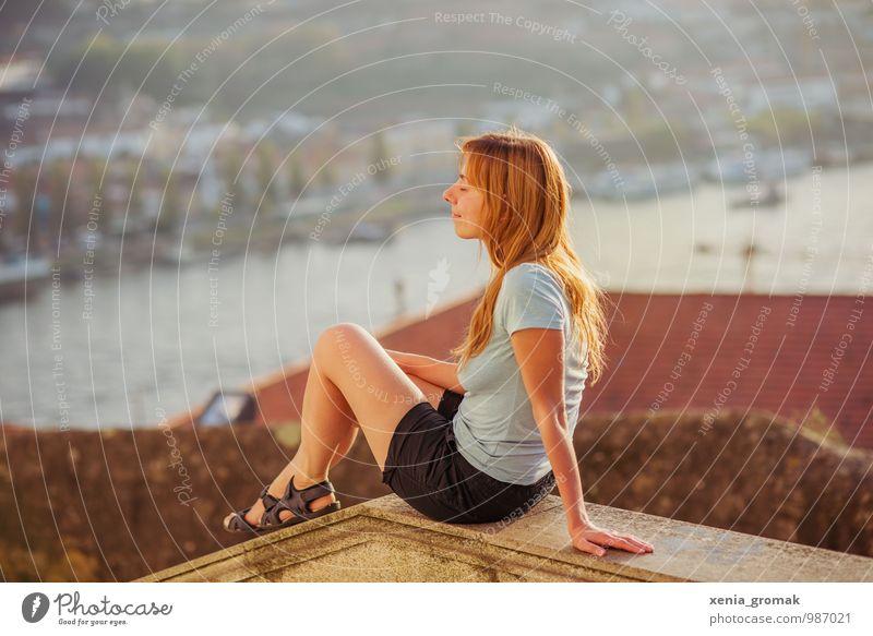 am Douro Mensch Ferien & Urlaub & Reisen Sommer Sonne Erholung Ferne Leben feminin Freiheit Lifestyle Freizeit & Hobby Tourismus Ausflug genießen Lebensfreude Schönes Wetter