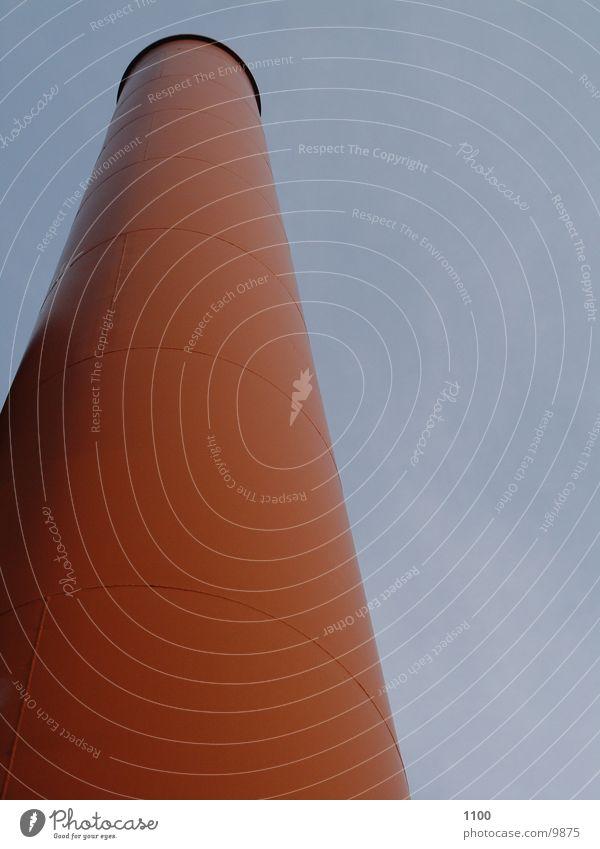 schornstein Himmel rot Architektur hoch Kreis rund Industriefotografie Rauch Höhe Schornstein Industrieanlage industriell Ausmaß