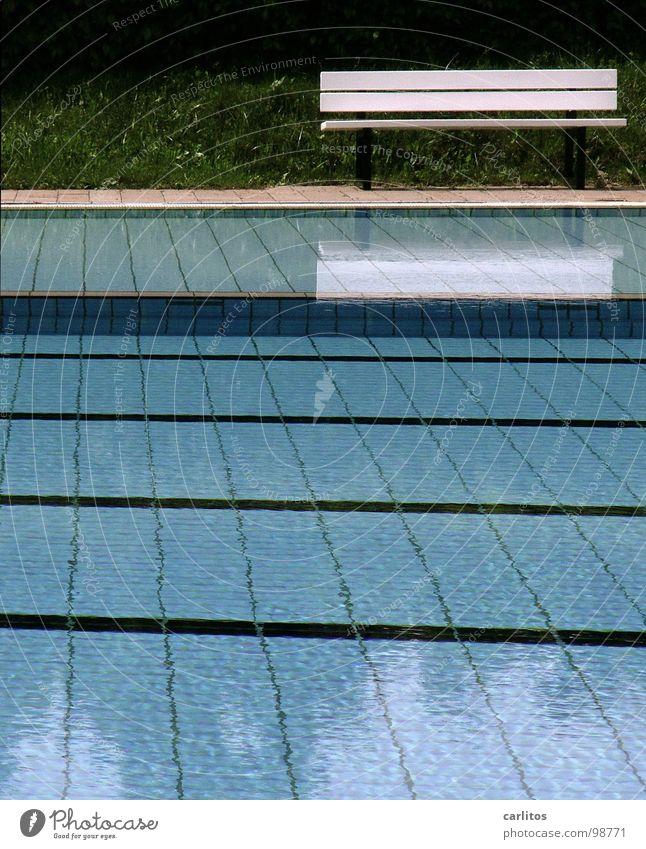was für ein Sommer Wasser Ferien & Urlaub & Reisen Regen Freizeit & Hobby Schwimmbad Langeweile schlechtes Wetter Tiefdruckgebiet Schlechte Laune