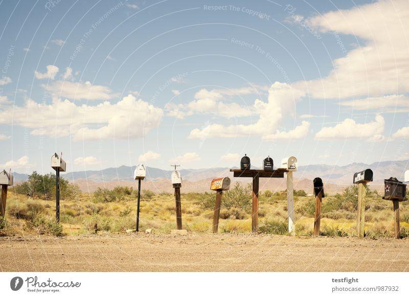 boxen Straße Wege & Pfade einzigartig ruhig Briefkasten Landschaft USA Route 66 Wüste Wärme Post Farbfoto Außenaufnahme Menschenleer Sonnenlicht