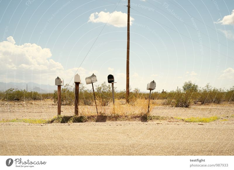 post Umwelt Natur Landschaft Erde Sand Himmel Wolken Sonne Pflanze Wüste Briefkasten Post heiß hell trist trocken Einsamkeit abgelegen USA Route 66 Wärme