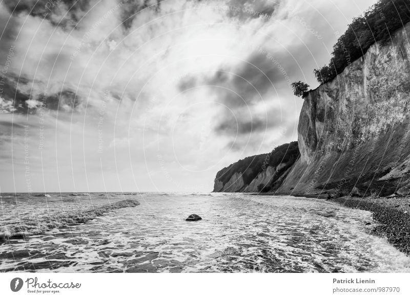 Collapsing Horizon (3) Umwelt Natur Landschaft Urelemente Luft Himmel Wolken Klima Klimawandel Wald Hügel Wellen Küste Ostsee Meer Insel Einsamkeit einzigartig