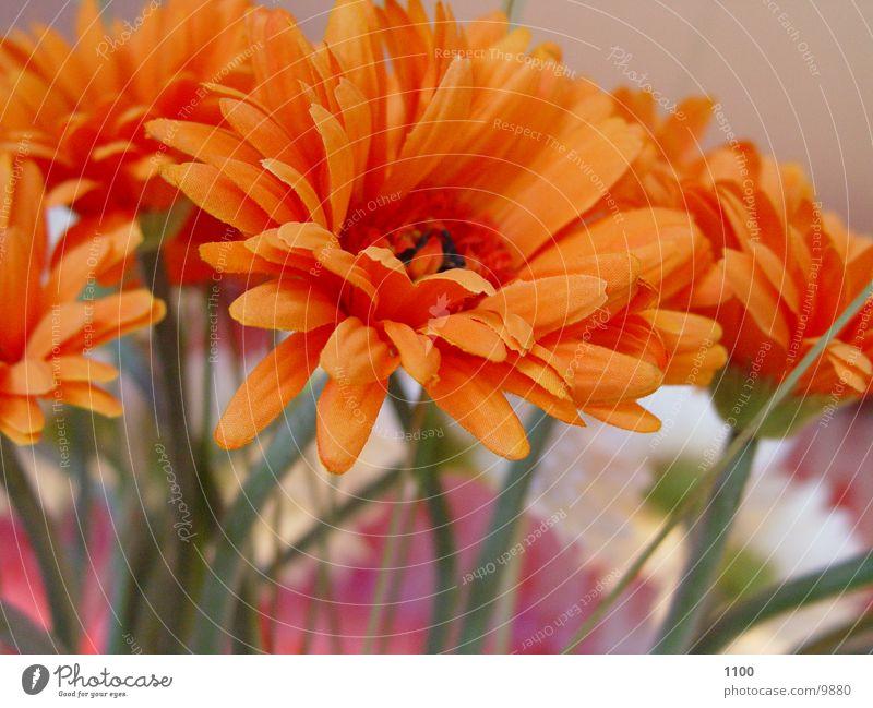 Kunstblume Blume Statue falsch