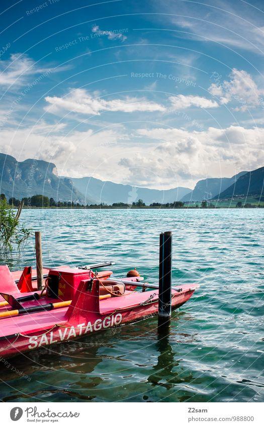 Baywatch Umwelt Natur Landschaft Himmel Wolken Sommer Schönes Wetter Sträucher Alpen Berge u. Gebirge Seeufer Bootsfahrt Ruderboot Seewacht frisch kalt
