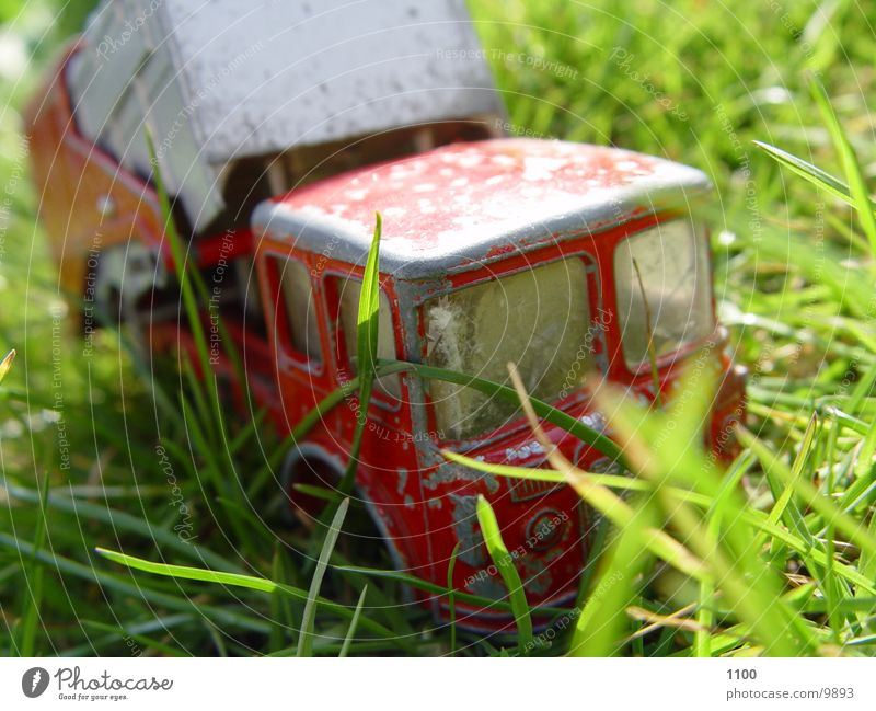 muellauto Müllwagen Spielzeug Lastwagen kaputt Elektrisches Gerät Technik & Technologie Makroaufnahme