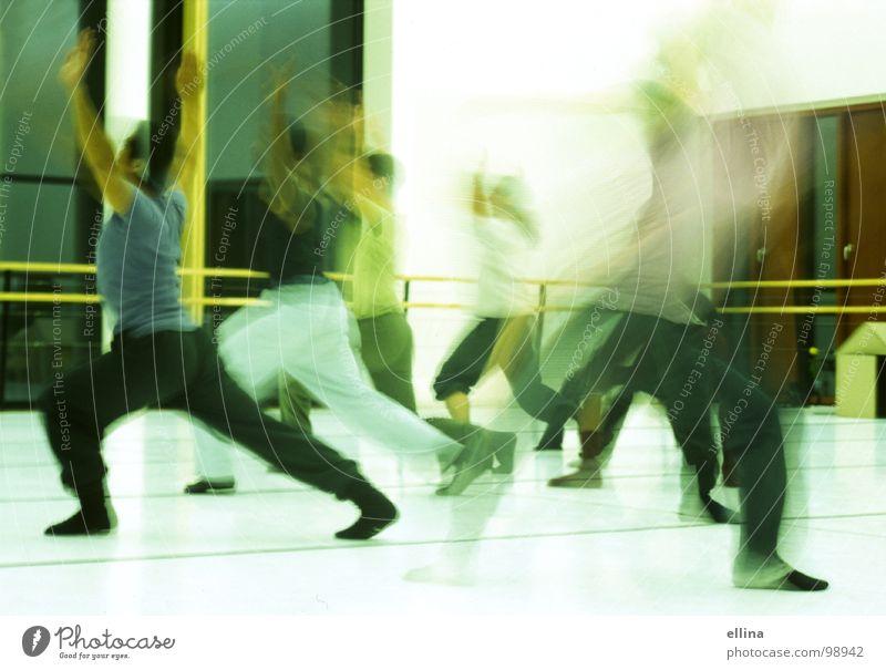 dancing queeeeeen Mensch Gefühle Bewegung Musik Stimmung Kunst Tanzen maskulin Energie Fitness Theaterschauspiel Veranstaltung drehen Bühne Gesichtsausdruck