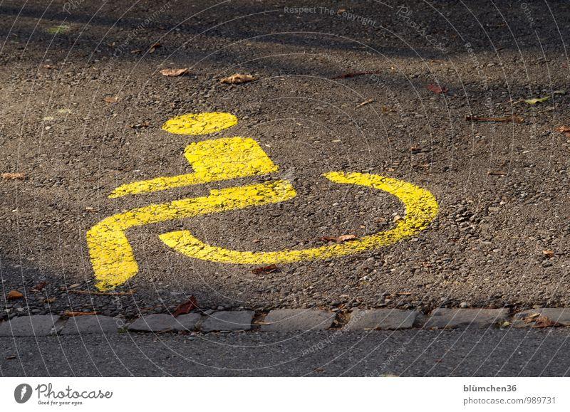 Bitte freihalten!!! gelb Gesundheit Gesundheitswesen PKW Schilder & Markierungen Verkehr Hinweisschild Hilfsbereitschaft Asphalt Fahrzeug Personenverkehr